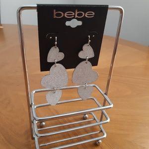 🤩3/$30🤩 NEW Bebe Dangling Hearts Earrings